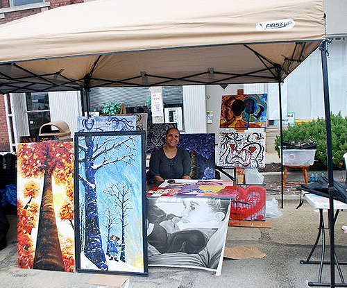 mom saves the day with a tent & how to make your own art display panels   ? wadecreate